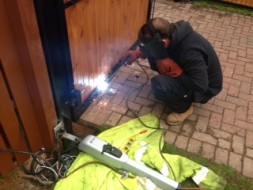 Automatic Gate Repairs Scotland including Glasgow and Edinburgh